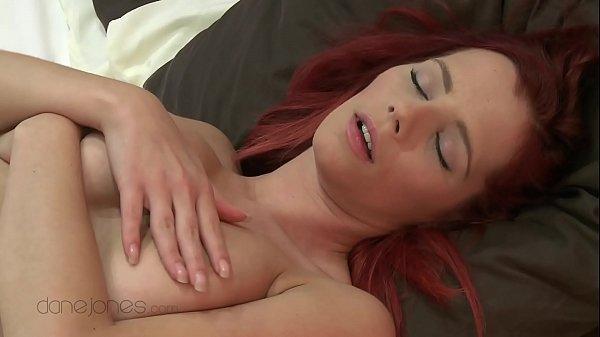 Ariel Joven Se Masturba Solita Muy Sexy
