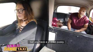 incesto videos en el taxi